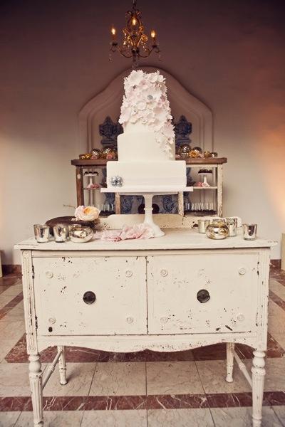 1000  ideas about vintage furniture wedding on pinterest