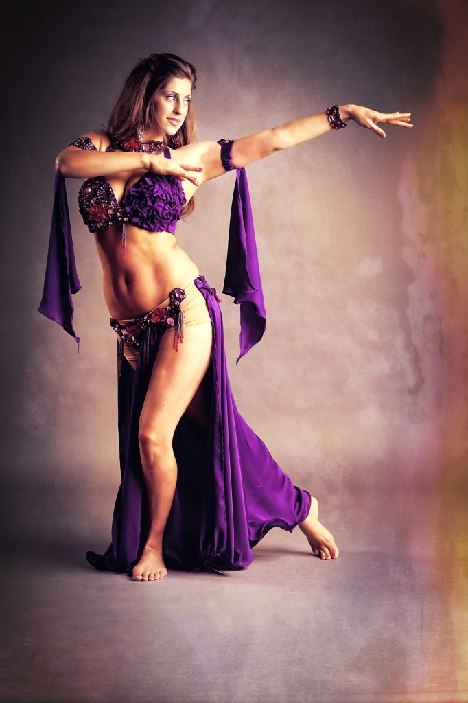 how to dance like belly dancer