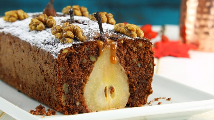 On the first day of Christmas: a pear tree in your cake!