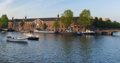A Amsterdam, 63 tableaux des maîtres hollandais exposés en exclusivité  http://magazine.bellesdemeures.com/luxe/art-de-vivre/amsterdam-63-tableaux-des-maitres-hollandais-exposes-en-exclusivite-article-21537.html