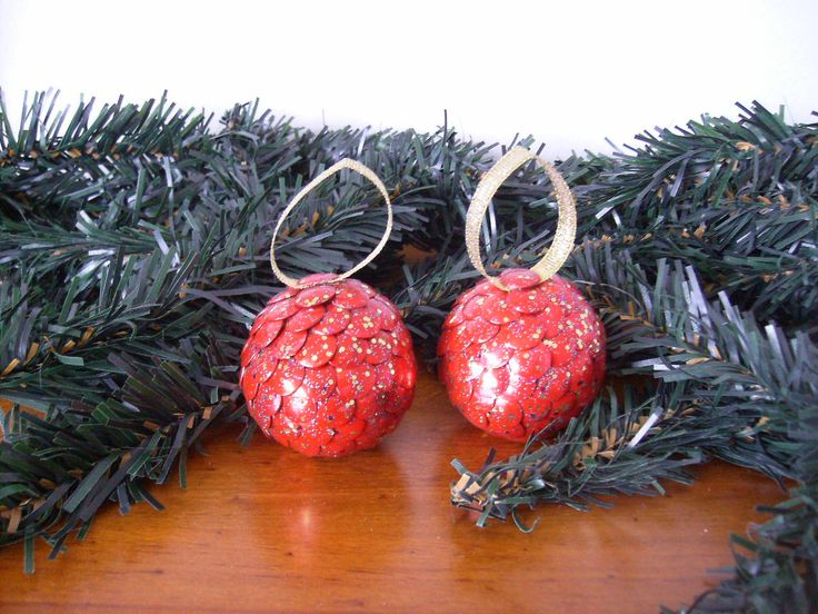 Handcrafted Baubles.  Red Sparkle.  Something a little different as an Xmas decoration.   2 x Bauble measures 4cm high. $10.00 http://www.trademe.co.nz/Members/Listings.aspx?searchtype=SELLER&member=3401504
