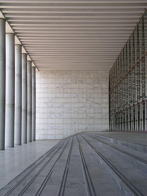 Palazzo dei Congressi, EUR, Rome. Photo 2003 by seier+seier, via Flickr.