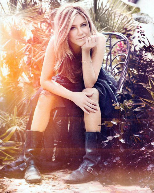 """Once you figure out who you are and what you love about yourself, i think it all kinda falls into place."" Jennifer Aniston"