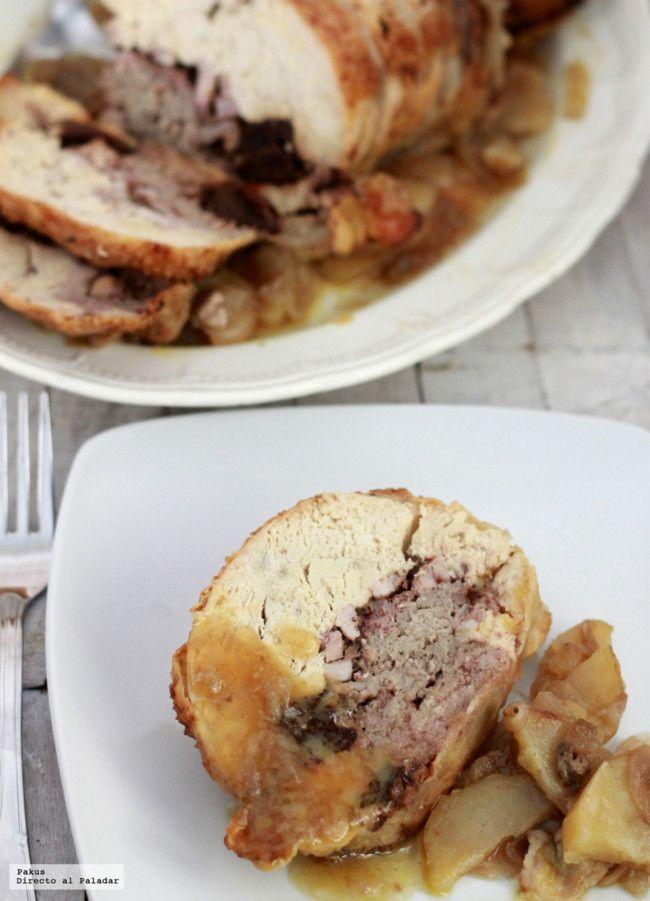 Pollo relleno de carne,ciruelas y panceta.