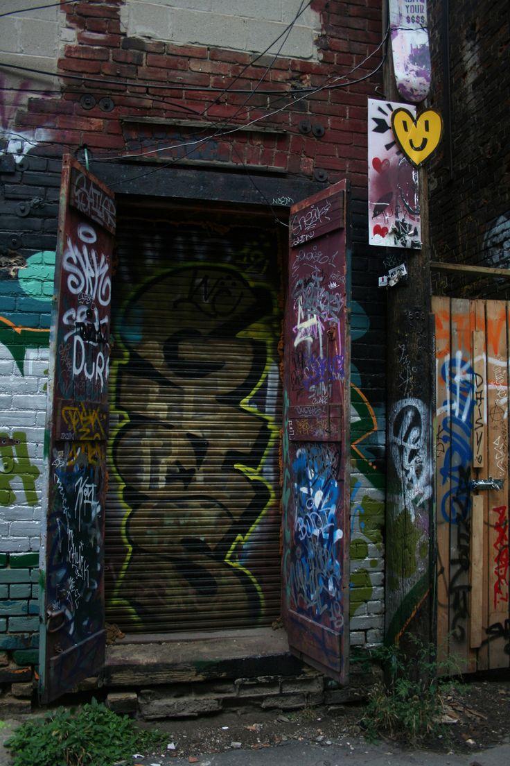 The door to Narnia? #toronto #graffiti