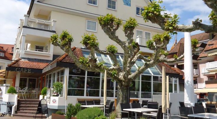 Akzent Hotel Löwen Langenargen This peaceful, 4-star hotel on the banks of Lake Constance makes a convenient base for water sports activities and bicycle trips in one of Germany's most scenic holiday destinations.