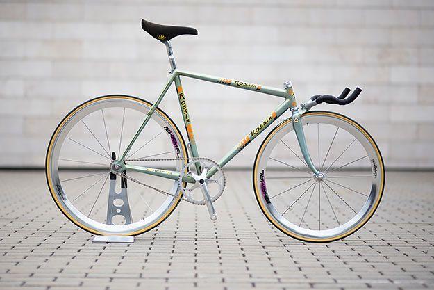 tears4gears   mndie28:   bikeplanet:   Rossin Pursuit   This...