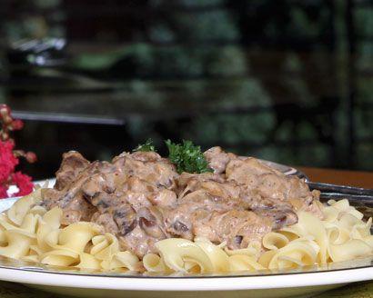 Vegetable 'Beef' Stroganoff #vegetarian: Stroganoff Recipe, Easy Vegetarian, Beef Dishes, Beef Stroganoff, Vegetables, Fooddelivery Simplerecipes, Vegetarian Recipes