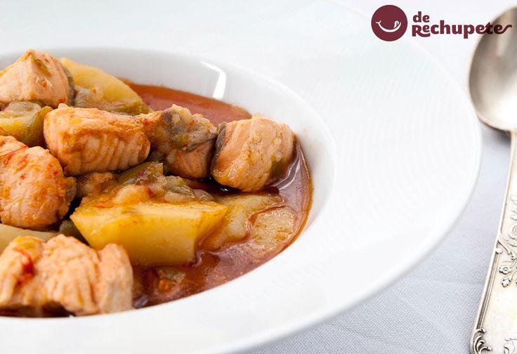 Qué no sabéis con que sorprender a vuestra familia el finde? Marmitako de salmón http://www.recetasderechupete.com/marmitako-de-salmon-guiso-de-salmon-y-patatas/12256/ #guiso #salmón