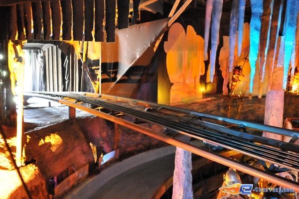 8/11   Photo du Roller Coaster Alpen Express situé à @Europa-Park (Rust) (Allemagne). Plus d'information sur notre site www.e-coasters.com !! Tous les meilleurs Parcs d'Attractions sur un seul site web !! Découvrez également notre vidéo embarquée à cette adresse : http://youtu.be/l83TX4Yx5yI