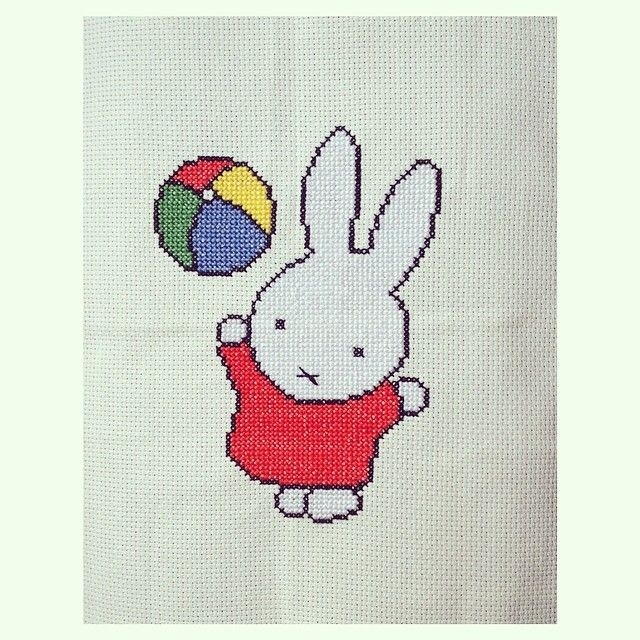 Wow, look at this lovely Miffy embroidery!