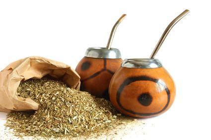 Conheça os benefícios do Chá Mate e aproveite pra consumi-lo gelado e se deliciar neste verão!
