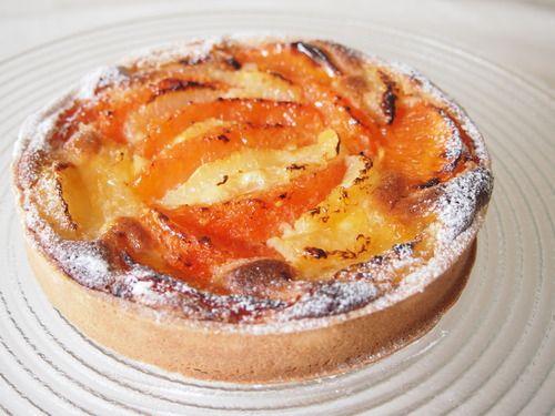 グレープフツーツのタルト tarte aux pamplemousses http://norikotakaishi.com/