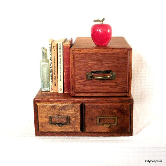 Peste 1000 De Idei Despre Farmhouse Office Storage Pe Pinterest