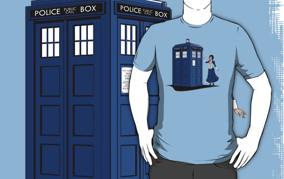 Time and Space Elizabeth Bioshock Doctor Who Crossover T-Shirt