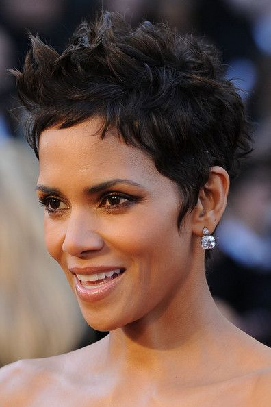 Halle Berry Clothes