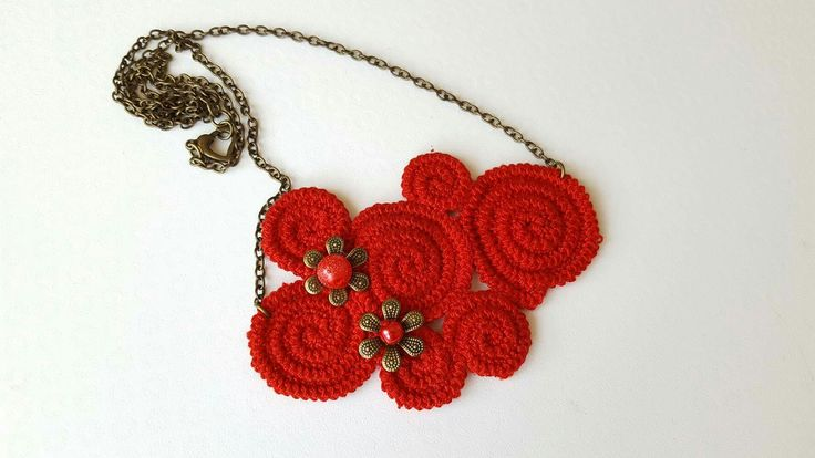 Crochet red necklace - Crochet jewelry