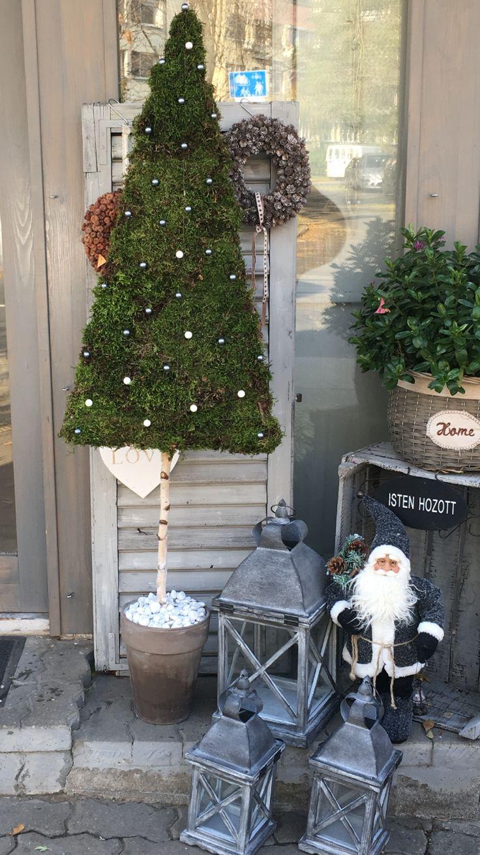 Karácsonyi dekoráció Kecskés Bernadett