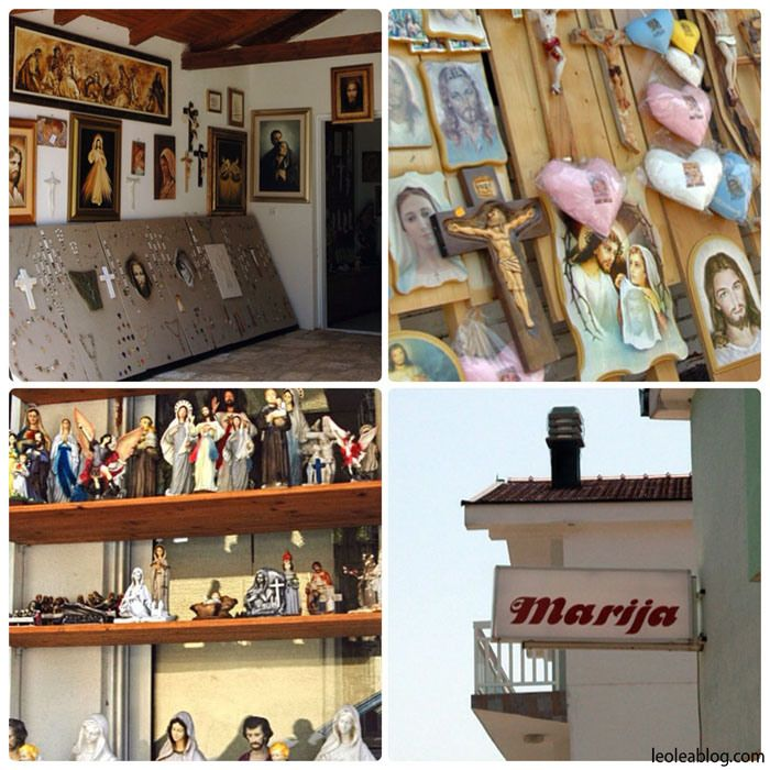 Bośnia i Hercegowina - MEDJUGORIE Bosnia and Herzegovina - MEDJUGORIE #medjugorie #bosnaandherzegovina #center #citycenter #adventure #oldtown #holidays #travel #traveller #travelaroundtheworld #journey #vacations #europe #vacationineurope #summer #summertime #eu #targowisko #targowanie #sprzedawca #targ #pamiątki #souvenir #travelarounfeurope #pielgrzym #pilgrim