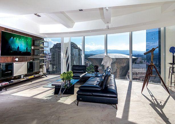 les 52 meilleures images propos de roche bobois press sur pinterest ville de mexico. Black Bedroom Furniture Sets. Home Design Ideas