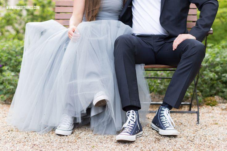 Heiraten im Weingut von Winning: Unsere Hochzeit in Blaugrau