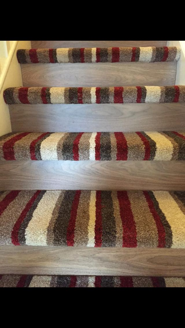 Best Stairs With Images Carpet Stairs Patterned Carpet 400 x 300