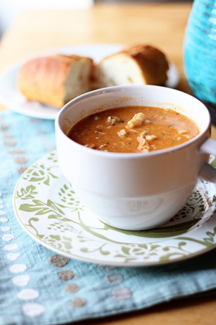 I am completely a soup girl. I think there is nothing better than a good bowl of homemade soup. My dad is by far the best at making all different kinds. As a matter of fact, he dropped over bean so...