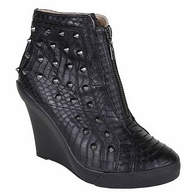 wish I could walk in these...love em