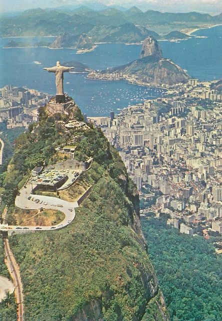 Brazil - Rio De Janeiro, Aerial View, Christ Redeemer    Rio De Janeiro - RJ - Brasil    Vista Aerea - Corcovado e Enseada do Botafogo  Aerial Vew - Corcovado Hill and Botafogo Bay    Fotografia de Carlos O. Sainz    unused, from 1987