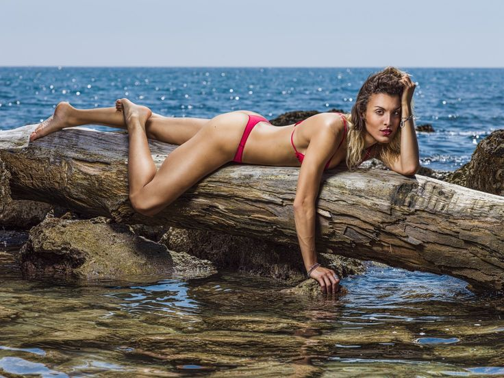 red, portrait, girl, sea, water, nature, beach, ocean, summer, beautiful, woman, adult, female, model, sand, bikini, sexy, hasselblad, flash, seashore, outdoors, daylight, amazing, fitness, profoto, beachwear