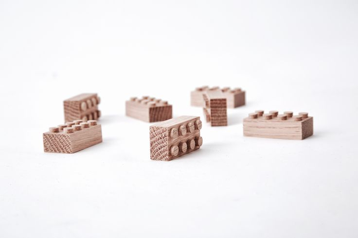 Magnet brick to organize your important stuff with style and nostalgia