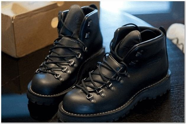 danner mountain light ii gtx leather outdoor boots for men recommend. Black Bedroom Furniture Sets. Home Design Ideas
