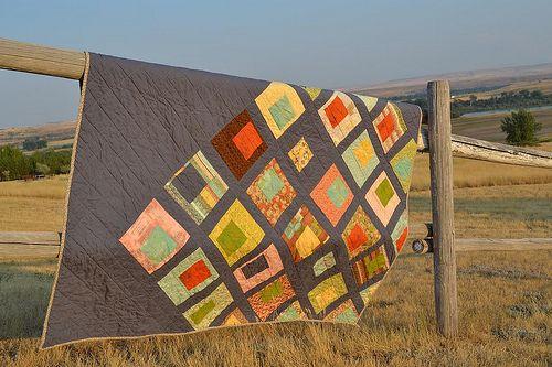 Off the gridPretty Pretty, Colors, Wedding Quilt, Interesting Pattern, Textiles Art, Artsy Ideas, Blog, Grid Quilt, Modern Quilt