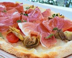 Pizza Special di Gennaio con SPALLA CRUDA DI PALASONE (presidio Slow Food),  Pomodorini Datterini, Carciofini Violetti  di Castellammare sott'Olio e Mozzarella di Bufala Campana DOP.