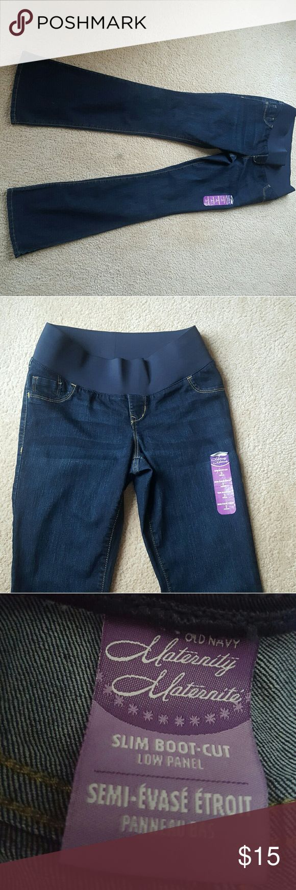 Old Navy Maternity Jeans size 2 NWT NWT Old Navy Maternity Jeans, size 2, Dark wash denim, slim bootcut, low panel Old Navy Pants Boot Cut & Flare