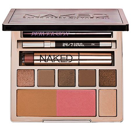 Beauty Reviewed: Urban Decay Naked on the Run Palette - http://www.shopgirldaily.com/2015/02/urban-decay-naked-on-the-run-review/