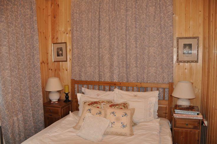 Голубая спальня в стиле кантри
