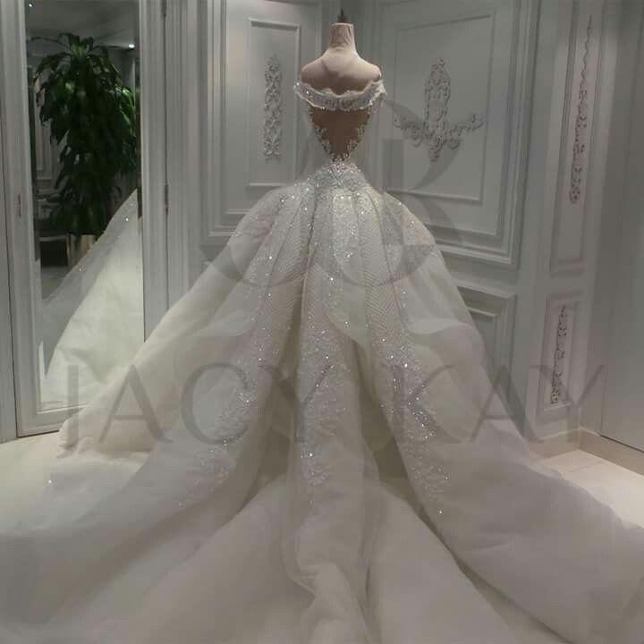 Jacy kay designer  Royal wedding dress