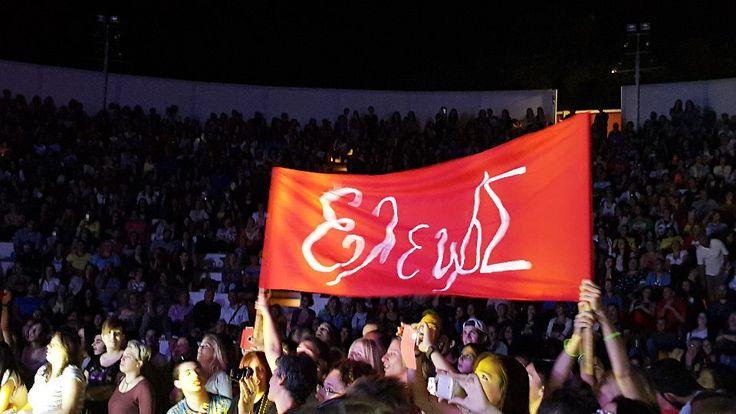Πειραιάς, Βεάκειο (13/9/2015)-Φωτογραφία: SpuRoylina MäRchenland #eleonorazouganeli #eleonorazouganelh #zouganeli #zouganelh #zoyganeli #zoyganelh #kalokairi2015 #summer #tour #2015 #greece #elews #elewsofficial #elewsofficialfanclub #fanclub