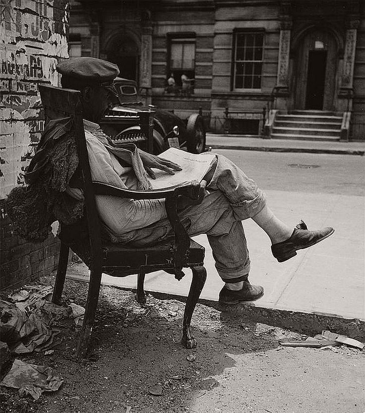Biography: Documentary / People photographer John Albok | MONOVISIONS