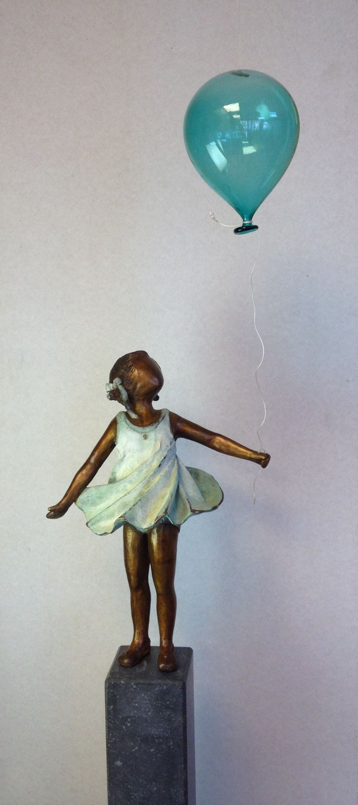 30 best bronze children statues images on pinterest for Yard statues las vegas