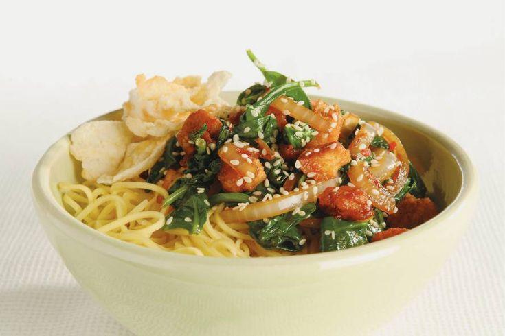 Chinese spinazie uit de wok - Recept - Allerhande