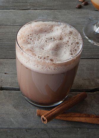 ¿Frío? Es la receta ideal para esos momentos que quieres un rico café moka pero no quieres salir de casa. Receta para preparar café moka |Cocina Vital