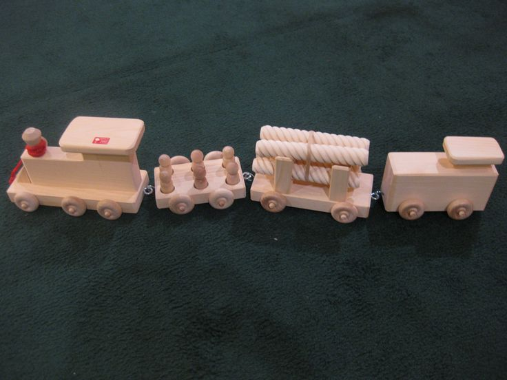 Wooden Train Set With 4 Cars.