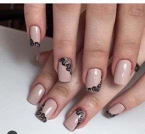 Autumn nails with a pattern, Beautiful patterns on nails, Black and beige nails, Fall nail ideas, Fall nails 2016, Fall nails trends, Fashion autumn nails, Manicure in autumn style
