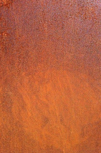 Une texture de plaque en acier avec de la rouille sur photogare texture