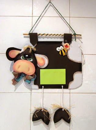 Vaca de goma eva para apuntar la compra