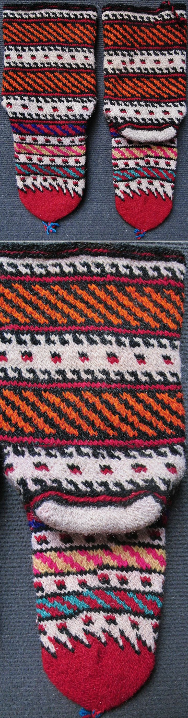 Traditional hand-knitted woollen socks, for women. From the Türkmen villages to the north of Dursunbey (80 km east of Balıkesir). Probably from Durabeyler, ca. 1950-1975. (Inv.n° çor080 - Kavak Costume Collection - Antwerpen/Belgium).