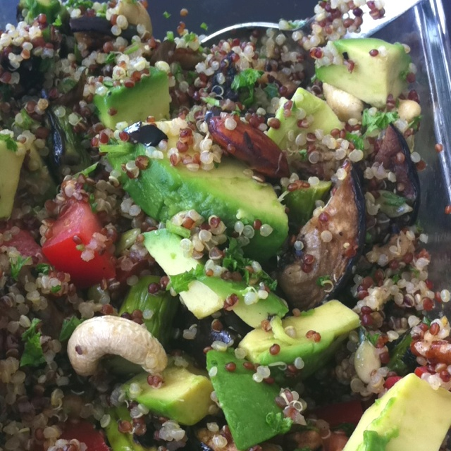 Day 8- Grilled veggie quinoa salad Red and white quinoa  thick slices of grilled eggplant Grilled asparagus Roasted garlic chunks Tomatoes Parsley Cashews, almonds, pumpkin seeks Avocado Lemon/olive oil dressing 1:3 w/ garlic, onions, dried herbs (Spike seasoning)