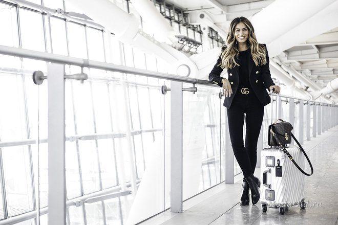 У модного блогера Lydia Elise Millen читатели могут почитать про все новинки уличной моды, обзоры путешествий, фитнес-программы. Её одноименный сайт, видео канал на YouTube и учетная запись Instagram набирает с каждым днем все больше подписчиков.